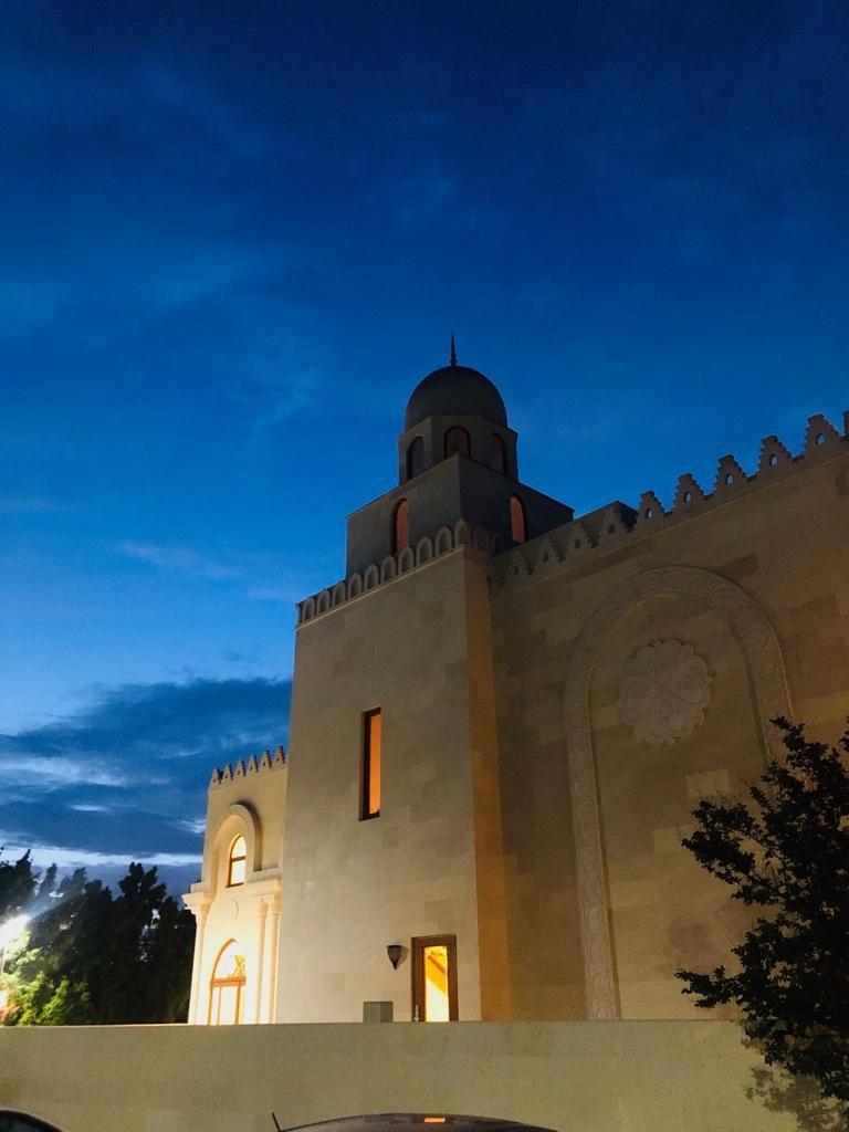 al-Masjid al-Ezzi   Anjuman-e-Burhanee, Los Angeles